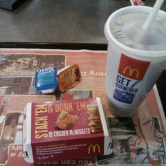 Photo taken at McDonald's by Joseph Y. on 1/28/2012