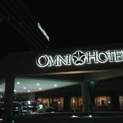 Photo taken at Omni Austin Hotel at Southpark by Cristina B. on 9/25/2011