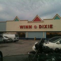 Photo taken at Winn-Dixie by Dustin C. on 10/17/2011