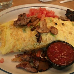 Photo taken at IHOP by Mr. R. on 11/11/2011