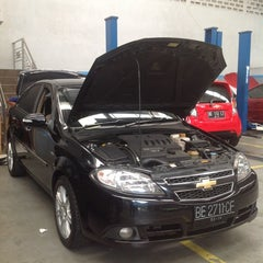 Photo taken at Chevrolet Sandjungan by Muhammad F. on 5/7/2012
