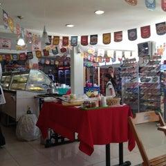 Photo taken at Padaria La Focaccia by Lelex B. on 6/25/2012