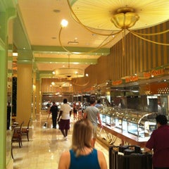 Photo taken at LVH - The Buffet by Felipe C. on 6/19/2012