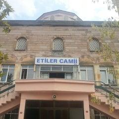 Photo taken at Etiler Camii by Mehmet Faruk on 8/14/2012