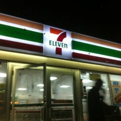 Photo taken at 7-Eleven by Wesley S. on 8/15/2012