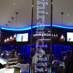 Photo taken at Ghirardelli On-The-Go by Gina C. on 6/9/2012