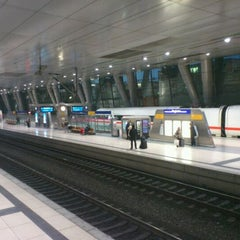 Photo taken at Frankfurt (Main) Flughafen Fernbahnhof by Christoph S. on 12/12/2011