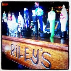 Photo taken at Dicey Riley's Irish Pub Bar by spacyT on 3/17/2011
