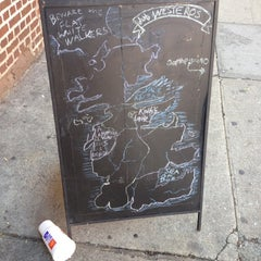 Photo taken at DUB Pies - Windsor Terrace by Mike O. on 6/6/2012