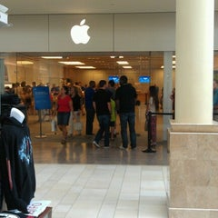 Photo taken at Apple Store, Burlington by Barbara A. on 8/11/2012