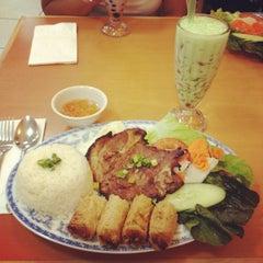Photo taken at Saigon Cuisine by Qyel V. on 7/23/2012
