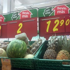 Photo taken at La mesa mas top!!! by Clovhis C. on 12/11/2011