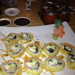 Photo taken at Banzai Sushi & Thai by Kristina H. on 4/10/2012