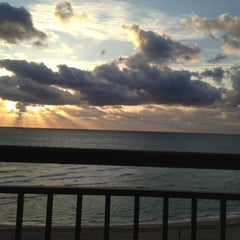 Photo taken at DoubleTree by Hilton Ocean Point Resort & Spa - North Miami Beach by Steven P. on 1/30/2012
