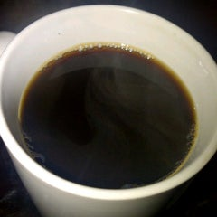Photo taken at Philippine Mountain Coffee by Ramil D. on 12/18/2011