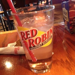 Photo taken at Red Robin Gourmet Burgers by T J. on 4/22/2012