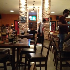 Photo taken at Divina Comédia Pizza Bar by Maristela on 9/9/2012