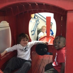 Photo taken at Port Discovery Children's Museum by Ine P. on 4/4/2012