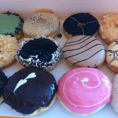 Photo taken at J.CO Donuts & Coffee by 🍭💗Princess⭐️ C. on 8/12/2012