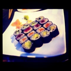 Photo taken at Wakame Sushi Bar by Mer F. on 9/14/2011