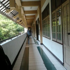 Photo taken at Universitas Muhammadiyah Surakarta (UMS) by nanaa r. on 4/12/2012