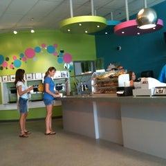 Photo taken at Spoonz by Jennifer C. on 8/12/2011