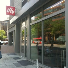 Photo taken at Illy Caffè by Mark C. on 5/8/2011