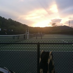 Photo taken at Bucktown Tennis Courts by Jon A. on 9/25/2011