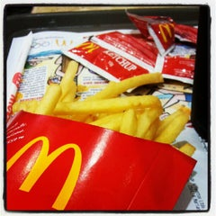 Photo taken at McDonald's by Alice R. on 7/19/2012