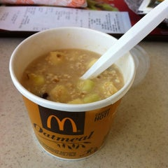 Photo taken at McDonald's by Alexander G. on 8/13/2012