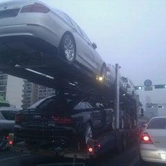 Photo taken at BMW 코오롱모터스 삼성전시장 by 권간지프로님 on 2/20/2012