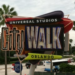 Photo taken at Universal CityWalk by Jonathan A. on 9/4/2011