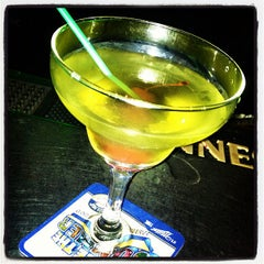 Photo taken at McKenzie's Irish Pub by Daniella Veras @. on 8/8/2012