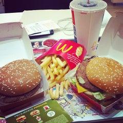 Photo taken at McDonald's by Fabio S. on 6/25/2012