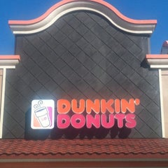 Photo taken at Dunkin Donuts by Jing Jing on 10/30/2011