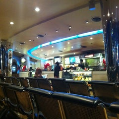 Photo taken at SF Cinema City (เอส เอฟ ซีเนม่า ซิตี้) by Pakorn S. on 6/2/2012