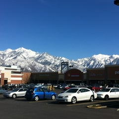 Photo taken at Chili's Grill & Bar by Joshua S. on 3/20/2012