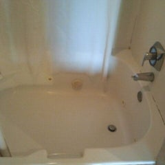 Photo taken at Comfort Suites Scranton Hotel Moosic by Lisa F. on 5/12/2012