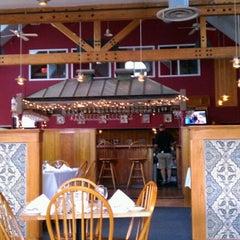 Photo taken at Diamonds Edge Restaurant by David G. on 8/12/2011