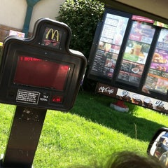 Photo taken at McDonald's by Jerry on 7/17/2011