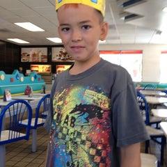 Photo taken at Burger King® by Elena Villariza- P. on 6/26/2012