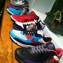 Photo taken at Nike Sportswear by Catherine F N. on 2/29/2012