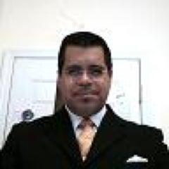 Photo taken at 418 Blake Ave by Oscar S. on 6/2/2012