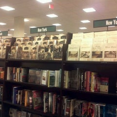 Photo taken at Barnes & Noble by Papa D. on 12/16/2011