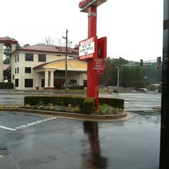 Photo taken at Chick-fil-A by Lindsey L. on 1/17/2012
