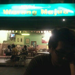 Photo taken at Warung Najua by Rish Hj E. on 2/7/2012