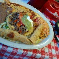 Photo taken at Taqueria Guanajuato by Jamaal H. on 5/19/2012