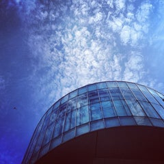 Photo taken at ビジネス・ブレークスルー大学大学院 by Taro M. on 8/17/2012