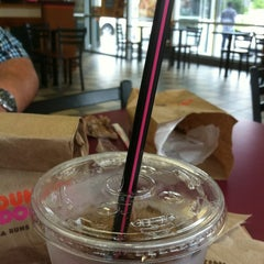 Photo taken at Dunkin Donuts by Laura B. on 5/12/2012