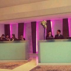 Photo taken at Eastin Grand Hotel Saigon by Kien .. on 2/21/2012